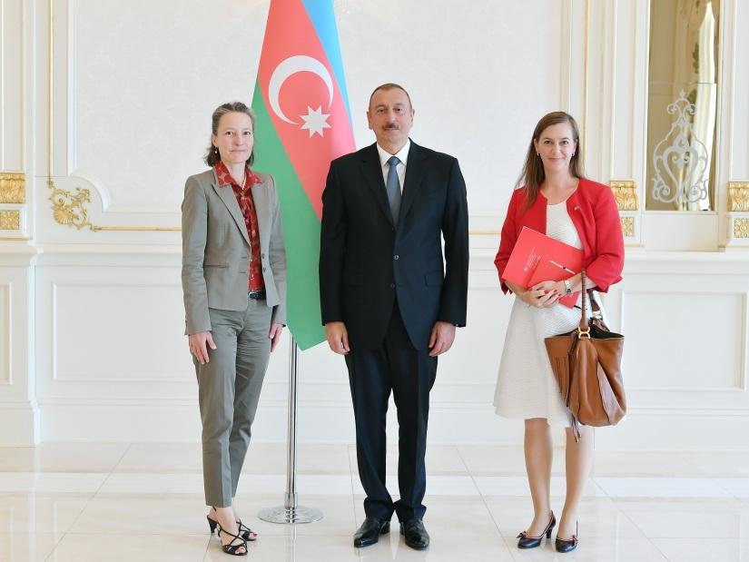 Президент Ильхам Алиев принял верительные грамоты новоназначенного посла Швейцарии в Азербайджане