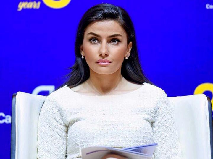 Гюльмира Рзаева стала первым «талантливым мигрантом» в Великобритании из Азербайджана – ФОТО