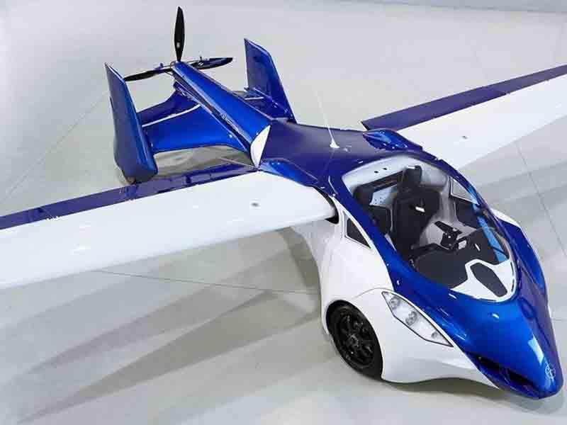Yaponiyada uçan avtomobil test edilib