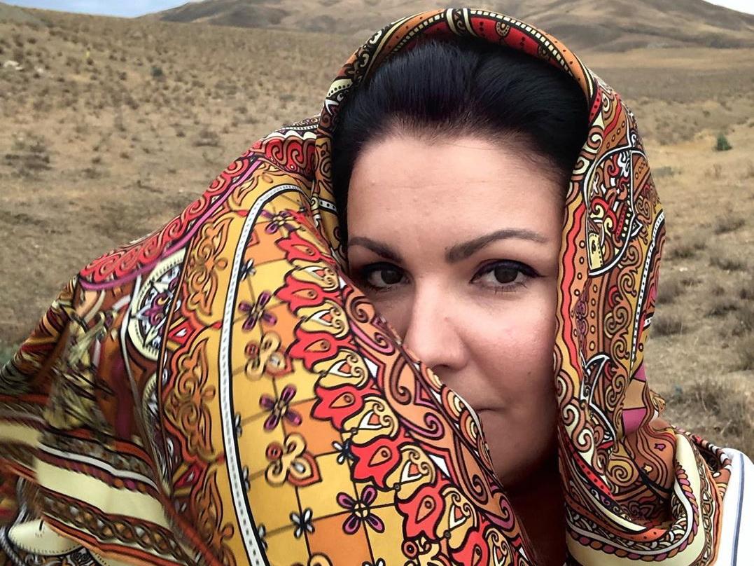 Анна Нетребко путешествует по районам Азербайджана: «Я влюбилась в шекинское пити» - ФОТО