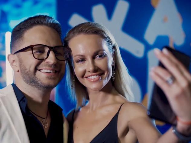 Звезда российского «Голоса» показал закулисье «Жары» в новом клипе - ВИДЕО