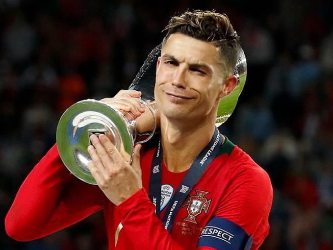 Роналду: в деньгах я больше не нуждаюсь, хочу вписать своё имя в историю футбола