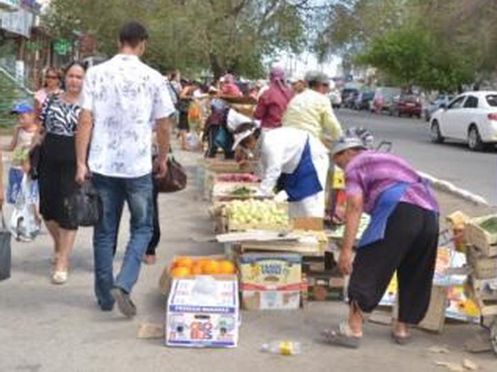 Полиция Баку: Уличная торговля – источник антисанитарии