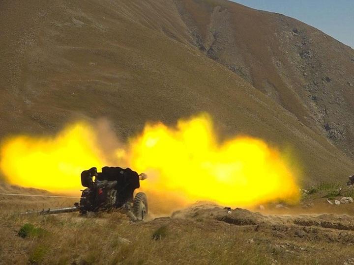 Əlahiddə Ümumqoşun Orduda artilleriya və minaatan bölmələri yoxlanılıb - VİDEO