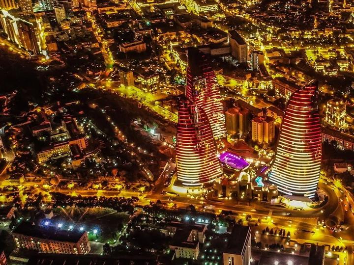 Невероятно красиво: Прекрасный Баку с высоты птичьего полета - ФОТО - ВИДЕО