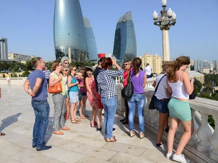 Российские туристы стали чаще ездить в Азербайджан