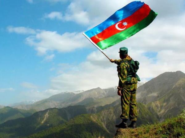 Азербайджан занял новые боевые посты на границе с Арменией