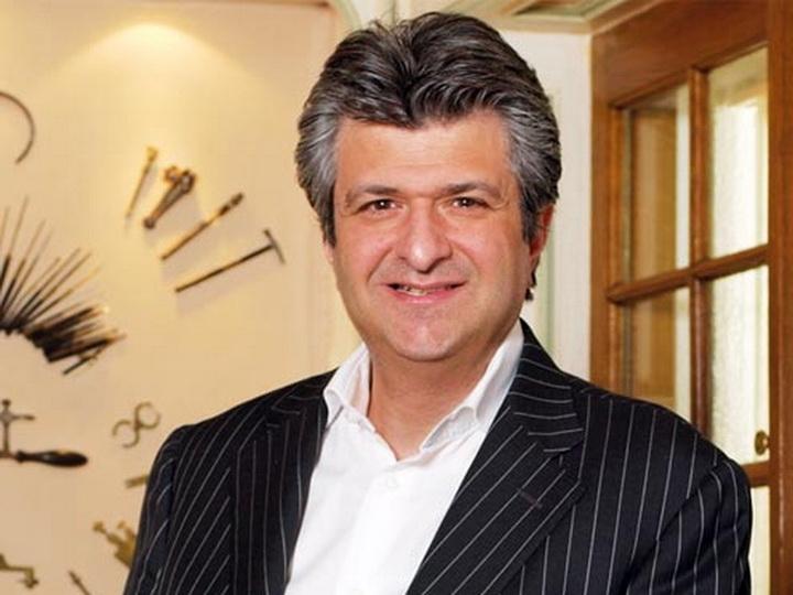 Армянский миллионер из Швейцарии намерен выплавлять золотые слитки из карабахского золота - ФОТО
