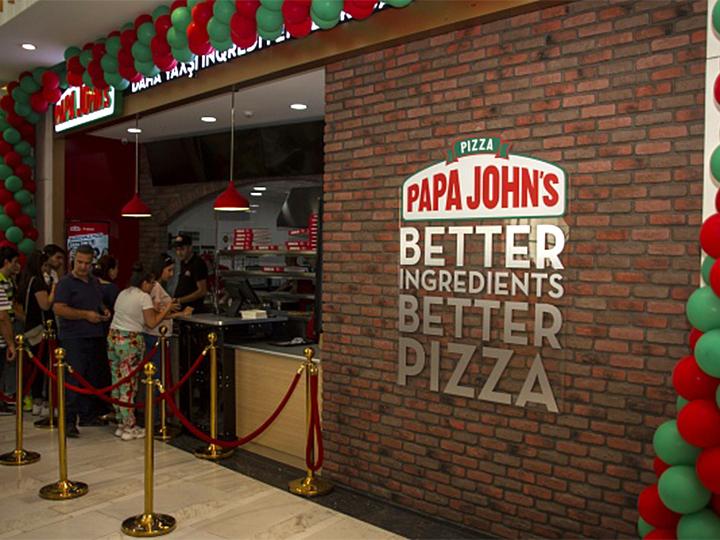 """Papa John's restoranlar şəbəkəsi artıq """"28 Mall""""-da – FOTO"""