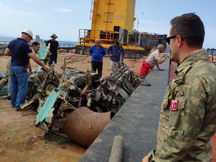 Обнаружены новые фрагменты потерпевшего крушение азербайджанского самолета МиГ-29 - ФОТО