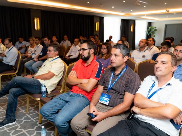Новые IT-технологии для Азербайджана: Gulfstream Distribution, NEC Displays и APC провели совместное мероприятие - ФОТО