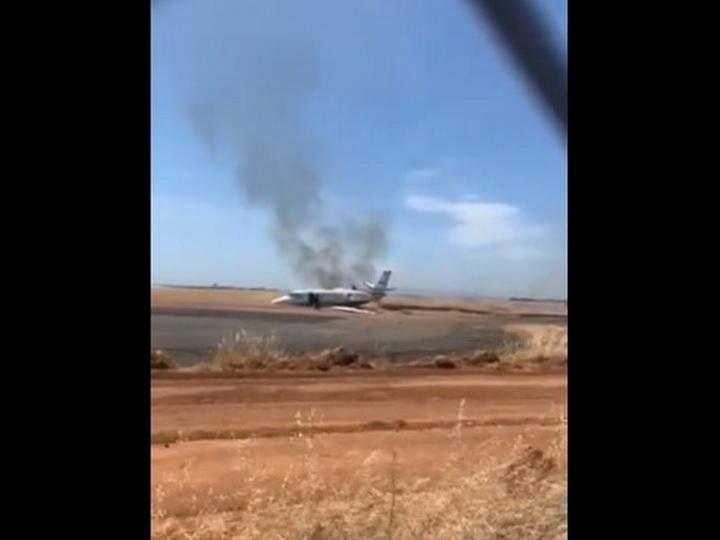 В Калифорнии при взлете загорелся пассажирский самолет - ВИДЕО