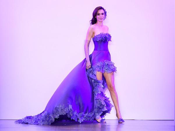 В Нью-Йорке представлена модная коллекция, посвященная карабахскому цветку хары-бюльбюль – ФОТО