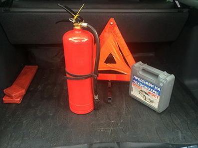 В Азербайджане введены новые требования к аптечке и огнетушителю в автомобилях - ФОТО