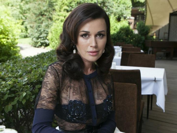 Анастасия Заворотнюк доставлена в реанимацию: у актрисы начался отек мозга – ФОТО