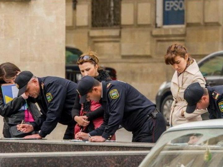 Сотрудники ППС лишены полномочий штрафовать пешеходов в Баку - ФОТО