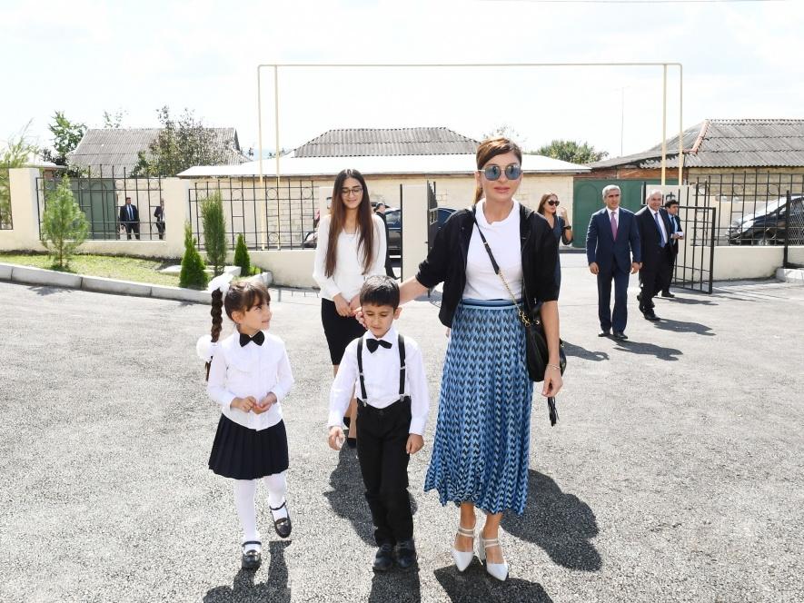 Первый вице-президент Мехрибан Алиева приняла участие в открытии детского сада в городе Исмаиллы - ФОТО