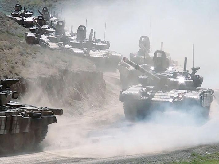Азербайджанская армия приступила к широкомасштабным учениям, задействовано до 10 тыс. военнослужащих - ВИДЕО