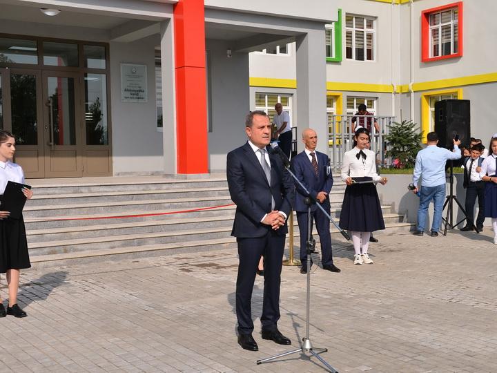 Министр образования принял участие в открытии средней школы в селе Алексеевка - ФОТО