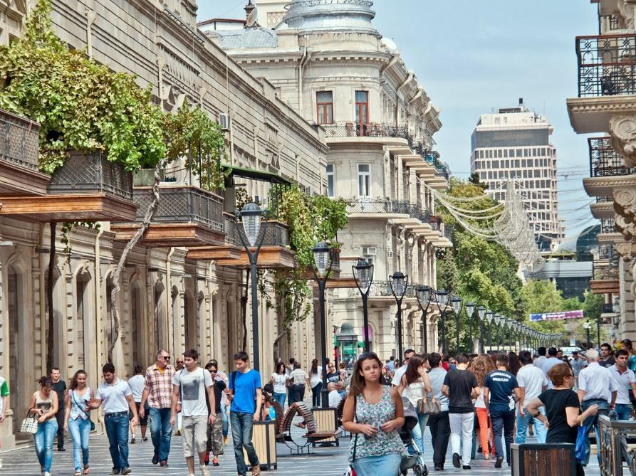 Азербайджан – в топ-5 стран для экскурсионного отдыха