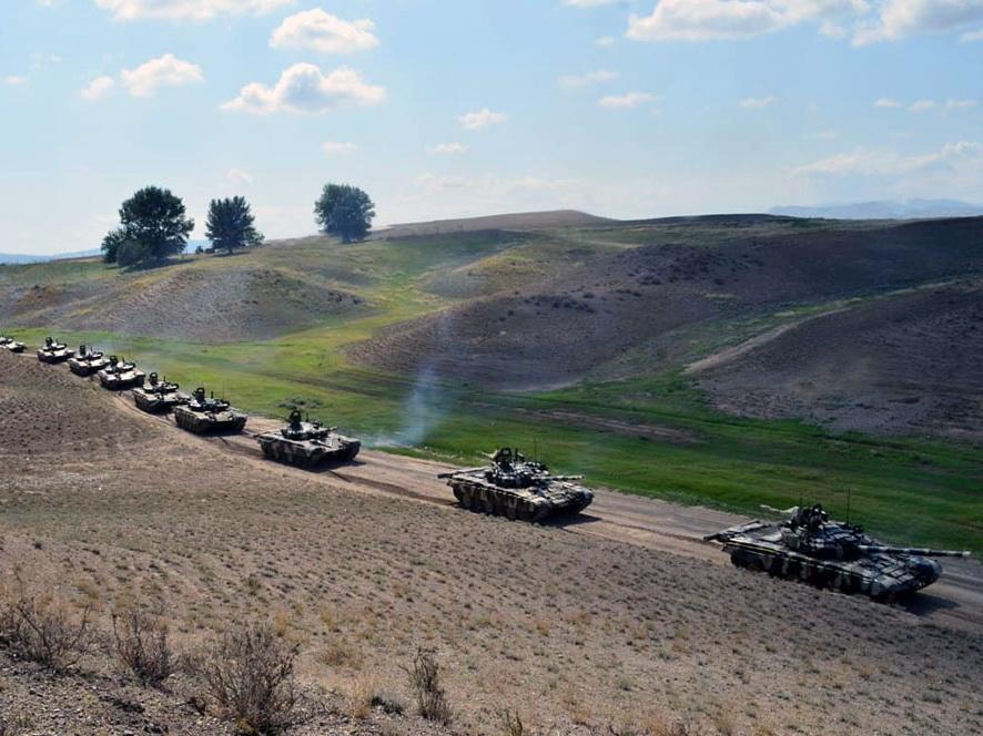 В ходе учений осуществлена передислокация войск - ВИДЕО