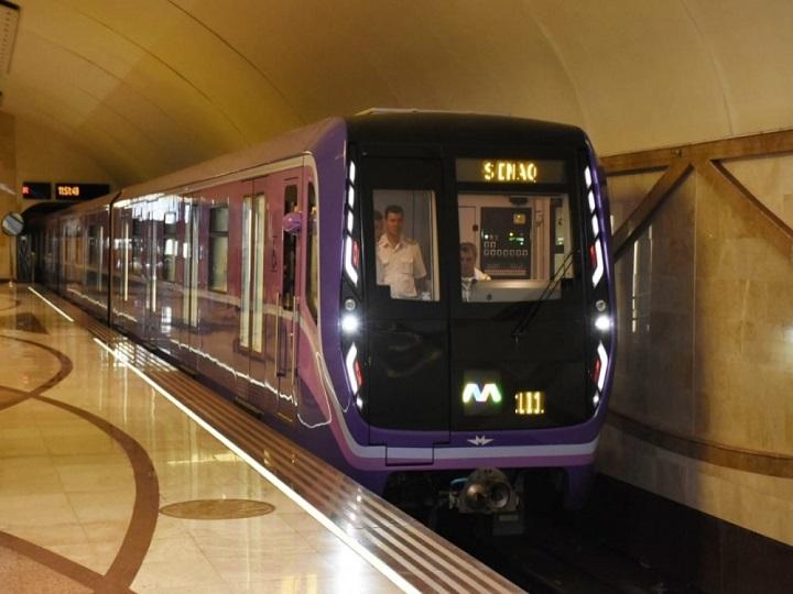Səhər saatlarında metroda qatarların gecikməsinin səbəbi açıqlanıb