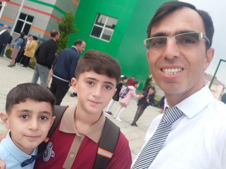 Сельский преподаватель из Джалилабада получил звание молодого учителя года - ФОТО – ВИДЕО