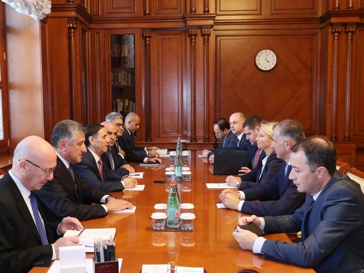 Премьер-министр Азербайджана встретился с министром экономики и устойчивого развития Грузии