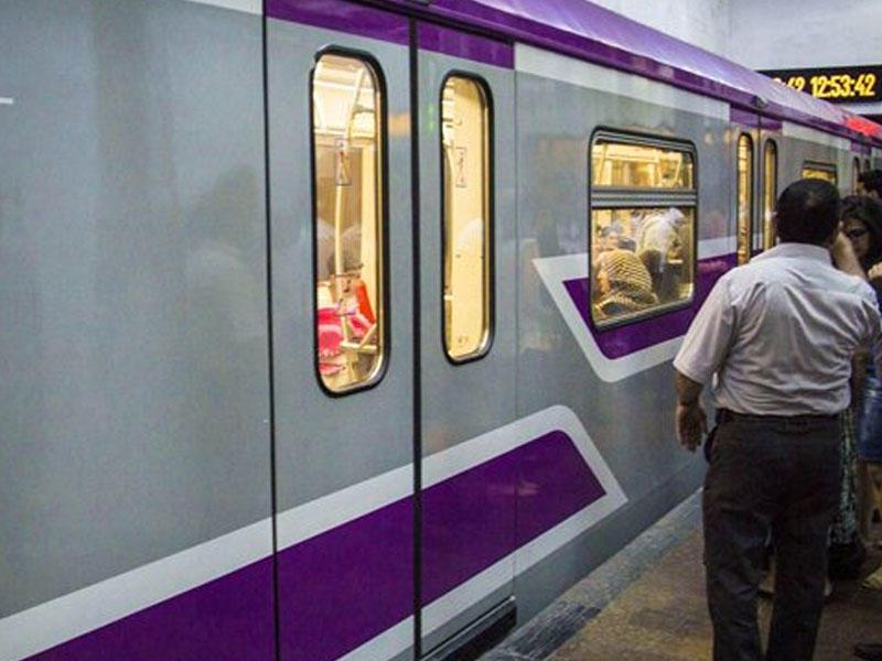 Bakı metrosunda yeni qatar tuneldə qaldı, qapılar açılmadı