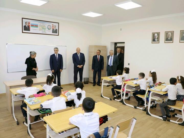 В Агсу и Исмаиллы сданы в эксплуатацию новые школьные здания, построенные Фондом Гейдара Алиева - ФОТО