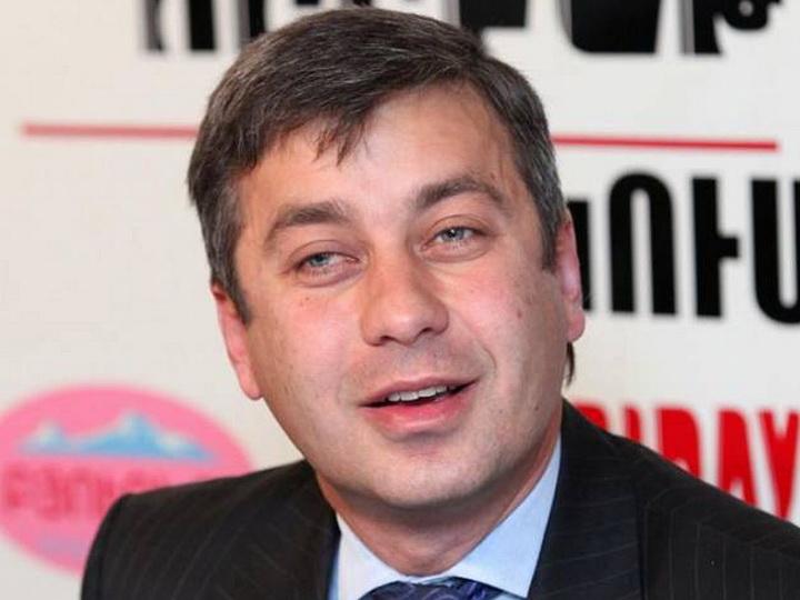 Пресс-секретарь Пашиняна призвал бывшего главу СНБ Армении не терять достоинство офицера