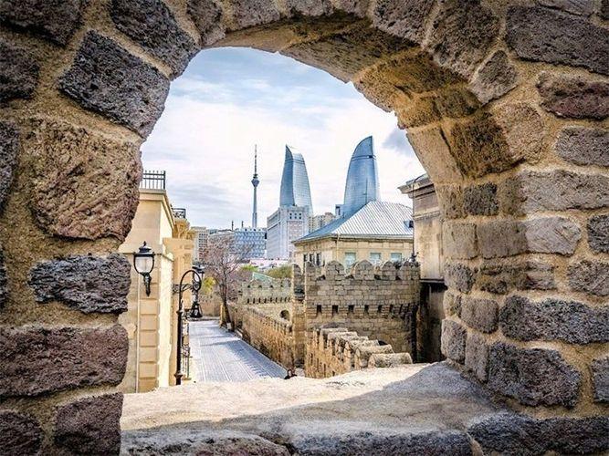 День Баку: общественные деятели предлагают выбрать дату для нового праздника