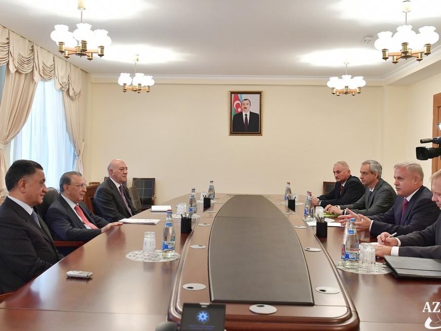 Руководитель Администрации Президента АР встретился с госсекретарем СБ Беларуси - ФОТО