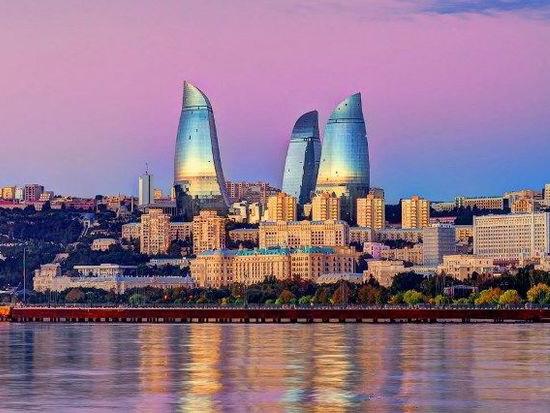 Азербайджан в тройке туристических направлений с дешевым перелетом