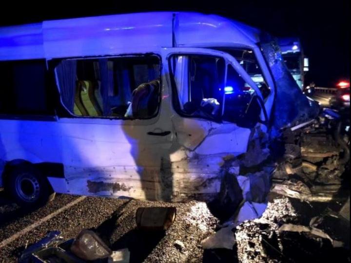 Микроавтобус с гражданами Азербайджана попал в ДТП в Дагестане – есть жертвы - ФОТО - ОБНОВЛЕНО