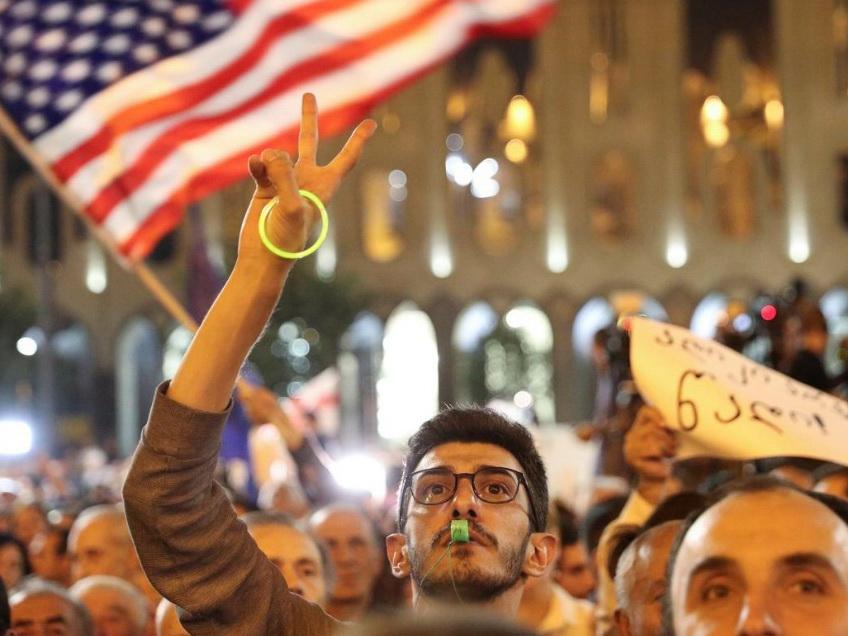 В Тбилиси прошла масштабная протестная акция - ФОТО