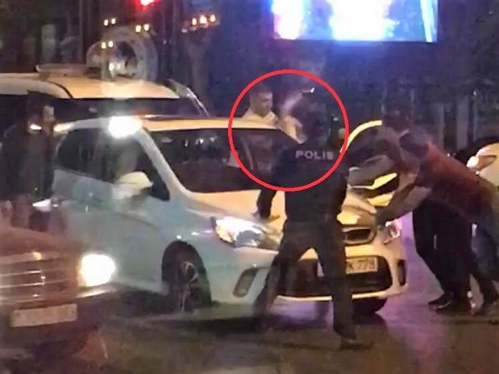 В Баку девушке внезапно стало плохо за рулем движущегося автомобиля - ВИДЕО