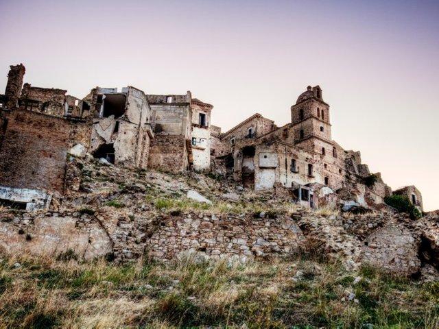Самые жуткие города-призраки мира: Крако, Италия