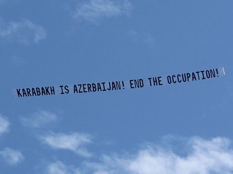 Правда о Карабахе в небе Лос-Анджелеса: Вот так американский город «приветствовал» Никола Пашиняна – ФОТО - ВИДЕО
