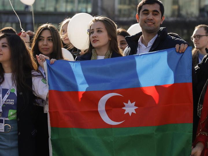 Динамичный рост населения приводит к развитию и укреплению человеческого капитала в Азербайджане
