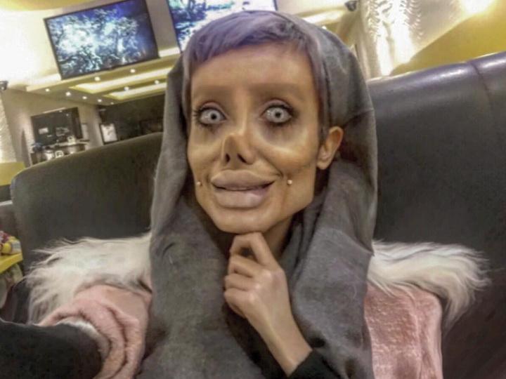 Арестована иранская «Анджелина Джоли», шокировавшая соцсети своими снимками – ФОТО