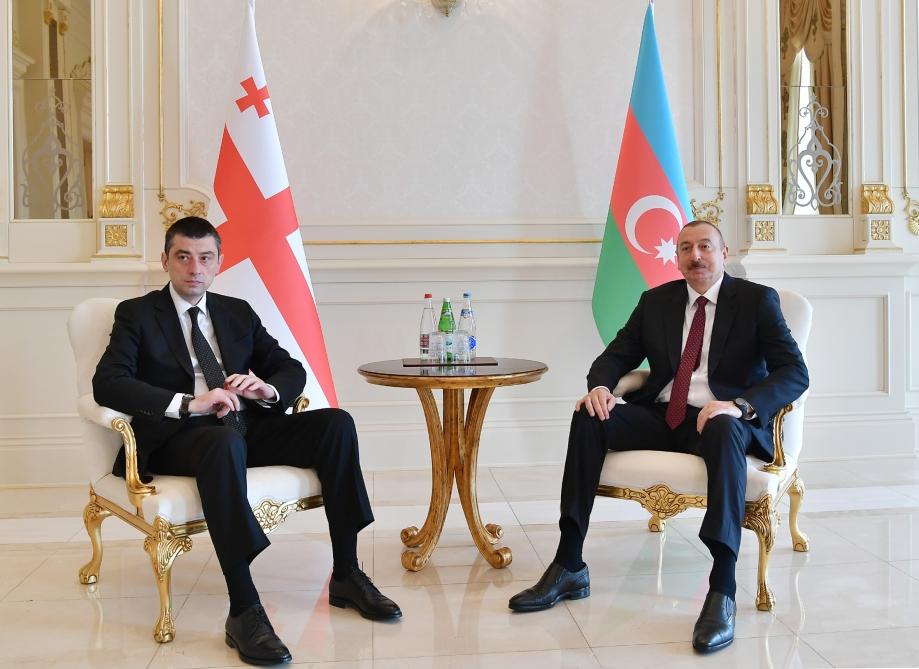İlham Əliyev Gürcüstanın baş naziri Giorgi Qaxariyanı qəbul edib – FOTO