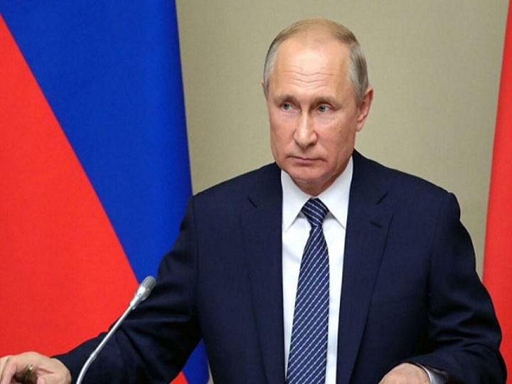 Putin Ağabəy Əsgərova medal verdi