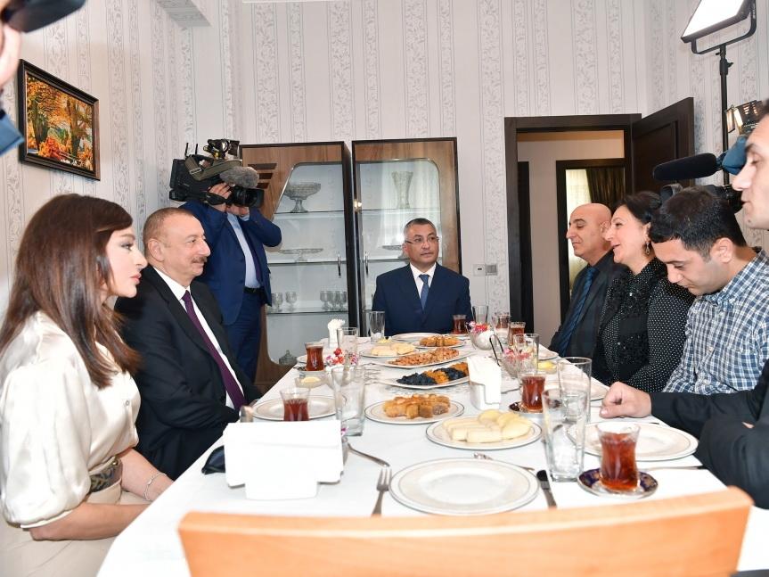 Ильхам Алиев о приглашении на свадьбу: Сообщите Мехрибан ханым, с удовольствием приедем - ФОТО - ВИДЕО
