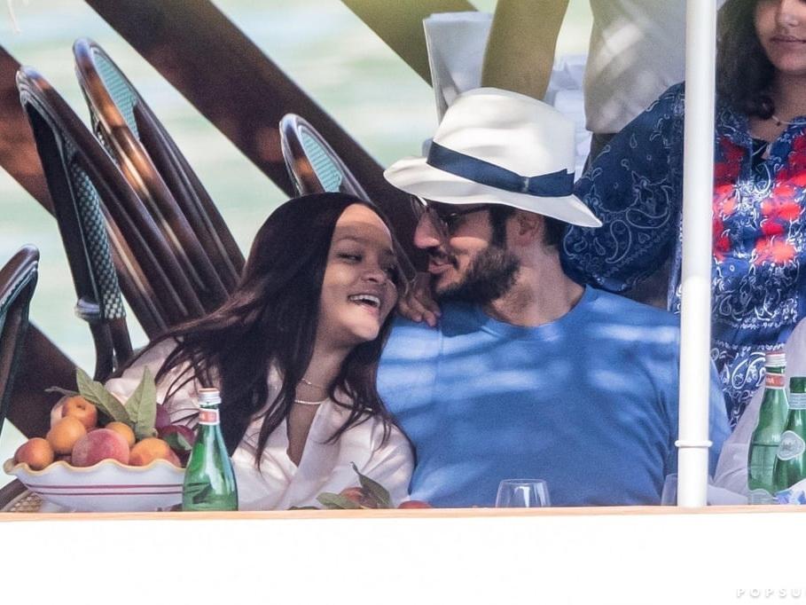 Рианна о романе с арабским миллиардером: «Отношения уникальные, хочу детей…» - ФОТО – ВИДЕО