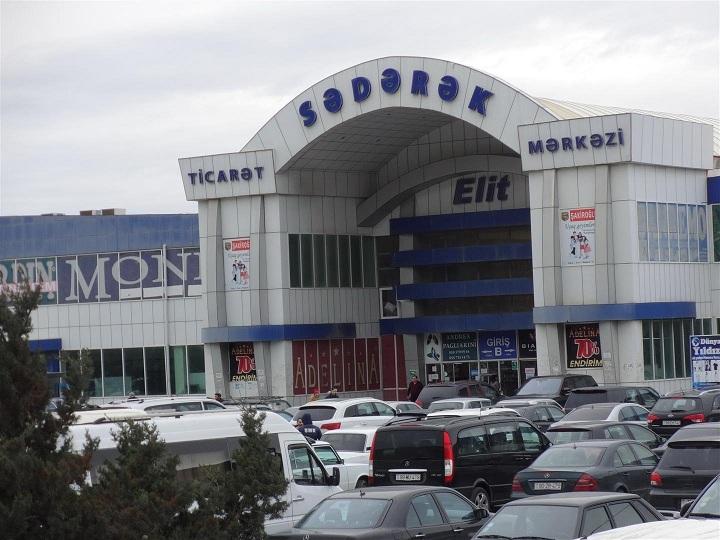 """""""Sədərək"""" ticarət mərkəzi sökülür – VİDEO"""