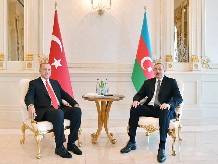 Azərbaycan və Türkiyə prezidentləri görüşüb – FOTO