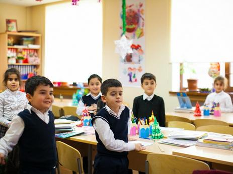 Уволены 10 директоров бакинских школ