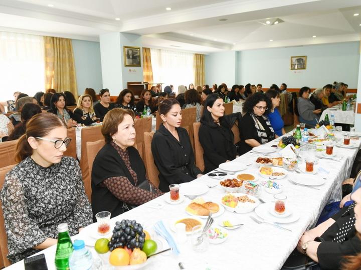 Мехрибан Алиева приняла участие в церемонии поминовения видного ученого Васима Мамедалиева - ФОТО