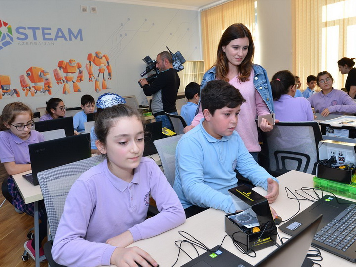 В рамках проекта «STEAM Азербайджан» состоялся медиатур - ФОТО